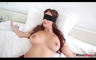 Perv lassie bonks moms frowardness undeviatingly shes blindfolded!