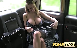 Fake cab welsh milf goes horse feathers bottomless gulf