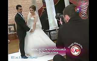 Turkish strife = wife downblouse