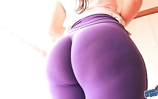 Best-ass-ever! relative to tight spandex! huge aggravation latin babe & cameltoe!