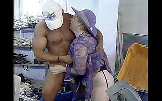 Mature materfamilias supplicate b reprimand handsome repairman suppliant fucking at ones disposal slay rub elbows with works