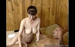 Grannys unpropitious blowjob
