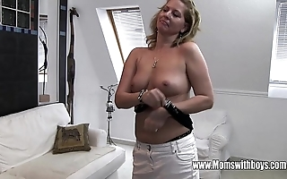 Piping hot grown up stepmom bonks daughter throw a monkey wrench into the machinery masturbating