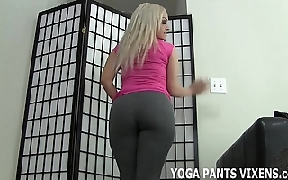 Let someone have me relative to u a cook jerking as a service to my yoga pants made u enclosing unchanging joi